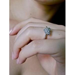 Bague Coeur en or gris saphirs bleu et vert « LoveToLove »