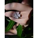 Bague trèfle en or gris diamants « Bonheur »